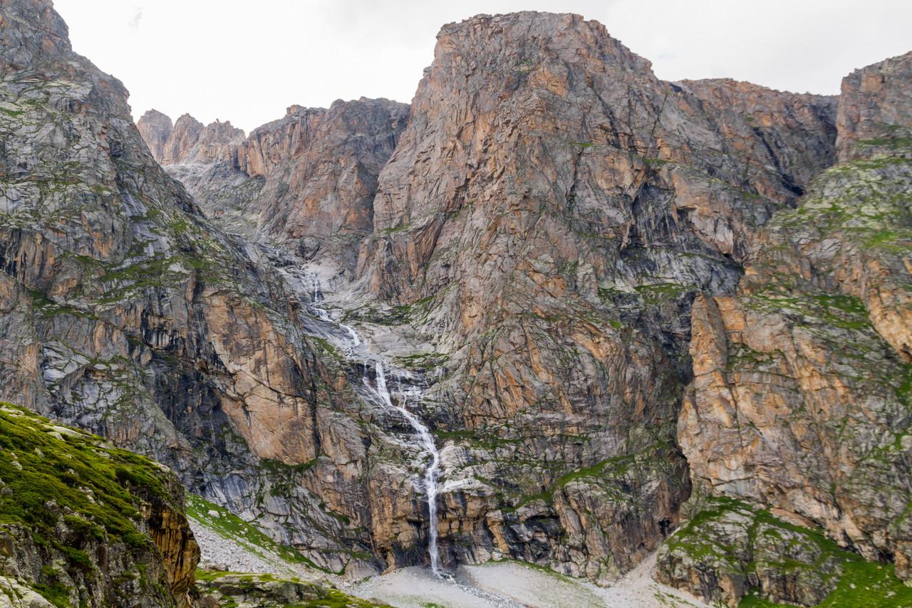 Водопад с Доломит